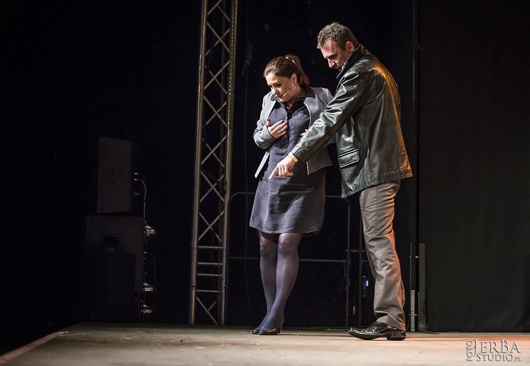 19-08-2017 Stroiciel grzebieni, Teatr Ludowy Foto Jeremi Astaszow JerBa Studio (168)