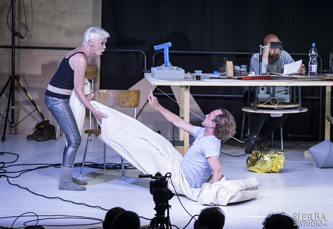 5-08-2017 Jaskinia, Teatr Studio, Foto Jeremi Astaszow JerBa Studio (17)