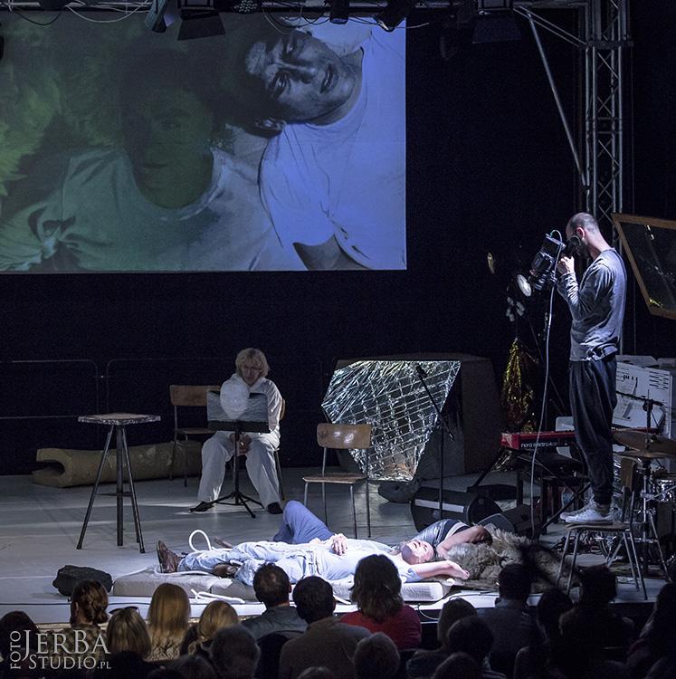 5-08-2017 Jaskinia, Teatr Studio, Foto Jeremi Astaszow JerBa Studio (40)