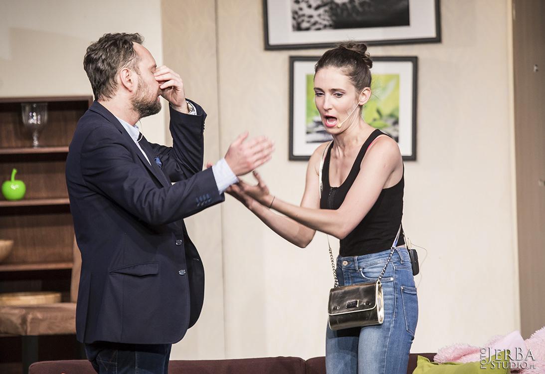 Pomoc domowa - Teatr Bagartela, Foto Jeremi Astaszow JerBa Studio (35)