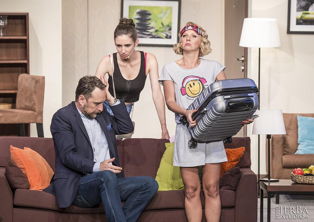 Pomoc domowa - Teatr Bagartela, Foto Jeremi Astaszow JerBa Studio (40)
