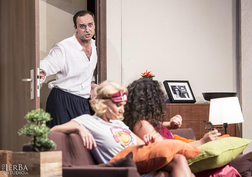 Pomoc domowa - Teatr Bagartela, Foto Jeremi Astaszow JerBa Studio (46)