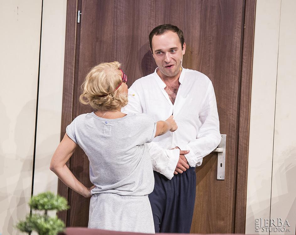 Pomoc domowa - Teatr Bagartela, Foto Jeremi Astaszow JerBa Studio (47)
