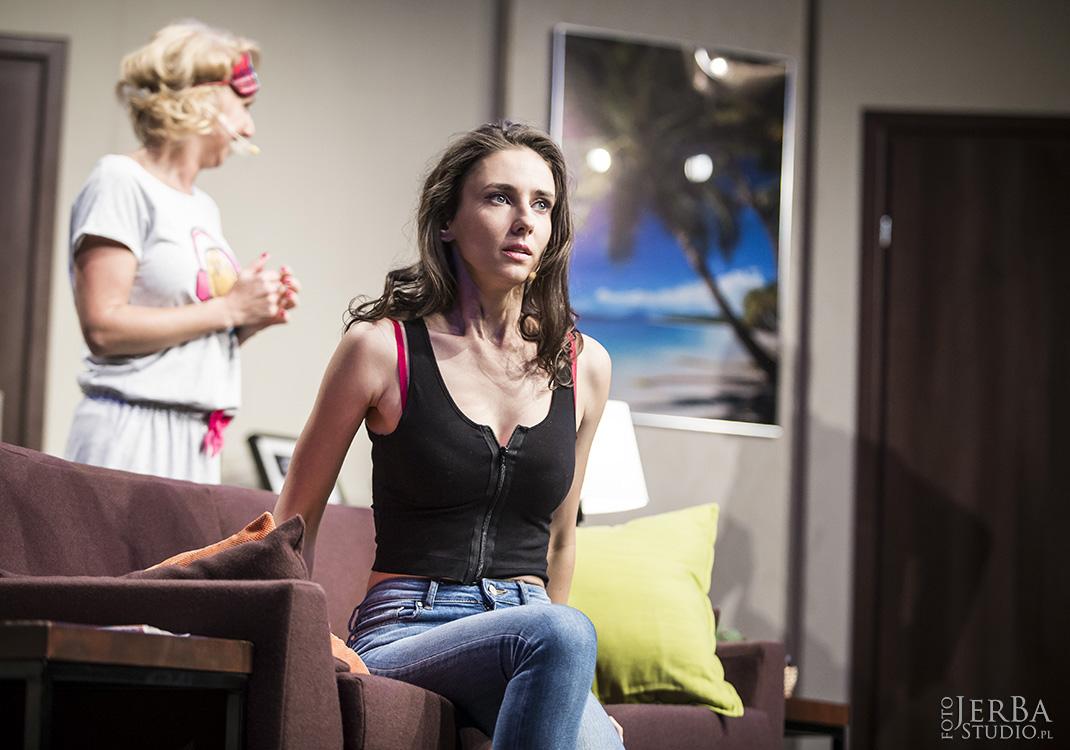 Pomoc domowa - Teatr Bagartela, Foto Jeremi Astaszow JerBa Studio (62)
