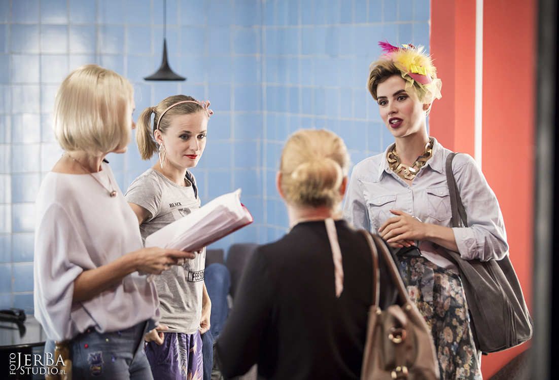 Skok w bok, Teatr Capitol, Foto Jeremi Astaszow JerBa Studio (114)